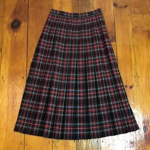 Vintage 80s/90s Red Green Pleated Plaid Wool Skirt